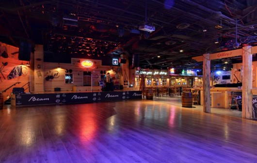 Gilleys Line Dancing Lessons at the Treasure Island in Las Vegas